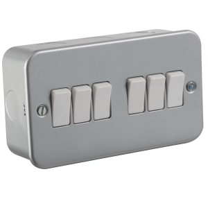 Metal Clad 10A 6G 2 Way Switch-M4200-Knightsbridge