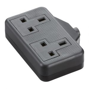 13A 2G trailing socket - black